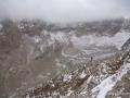 lahit kaya sırtlarında